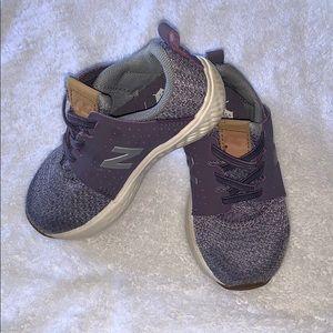 Little girls New Balance Shoes- great shape!
